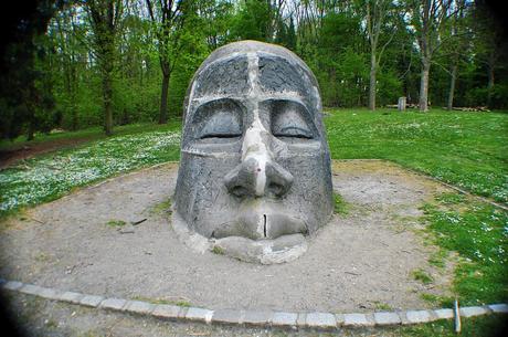 visage-beton-L-3cLbPq